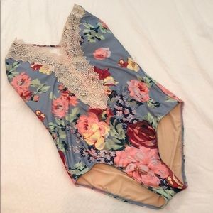 New Anthropologie Allihop blue floral swimsuit M